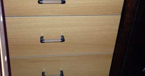 candeeiros de iluminação e secretárias de madeira como novas! foto 1